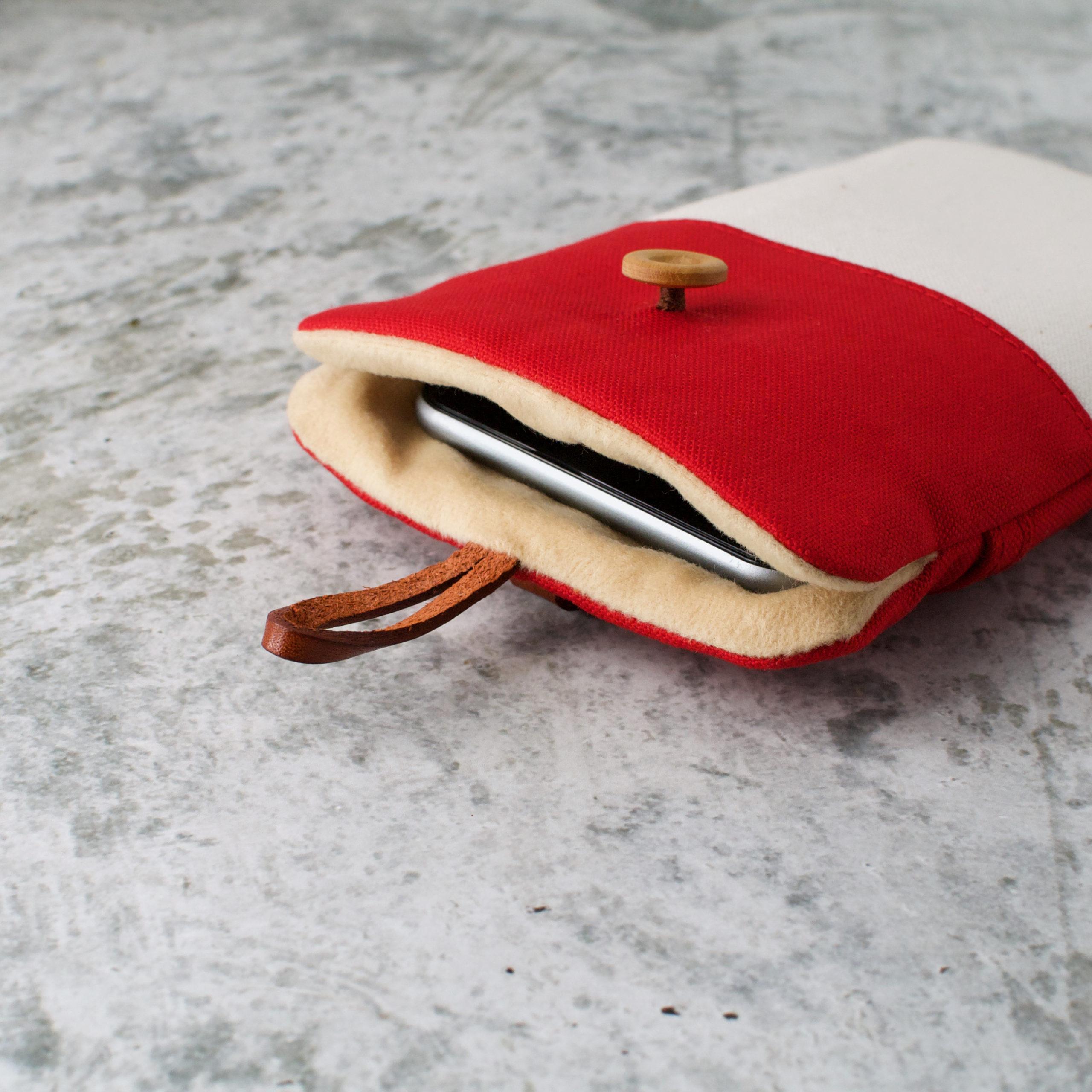 帆布と本革のスマホケース(スマホポーチ)