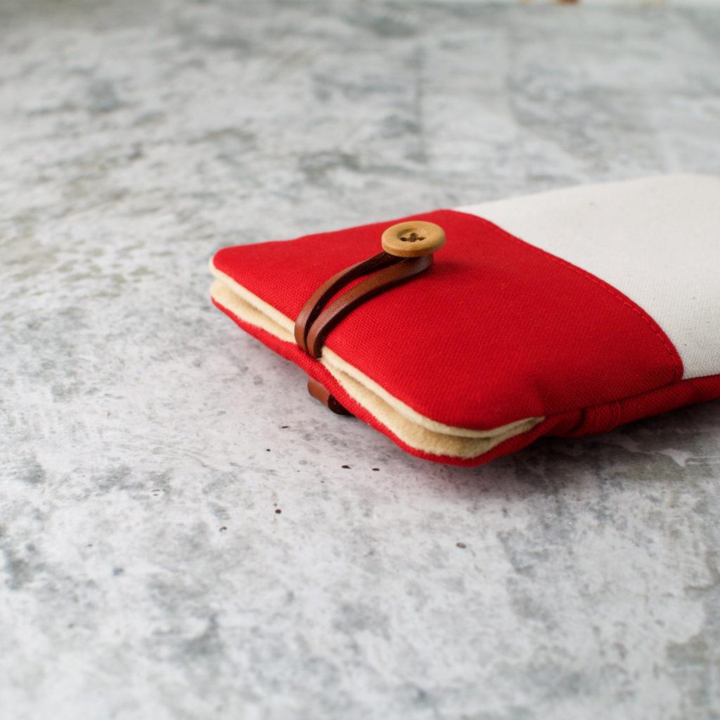 帆布と本革のスマートフォンケース(スマホポーチ)